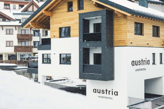 austria aparthotel Fiss aussen
